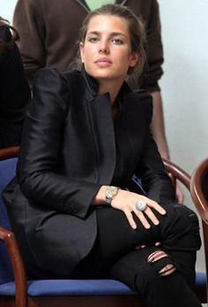 Beautiful bitch. Carlota Casiraghi.