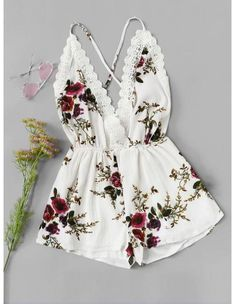 Shop Lace Panel Open Back Floral Cami Romper online. SheIn offers Lace Panel Open Back Floral Cami Romper & more to fit your fashionable needs. Teenage Outfits, Teen Fashion Outfits, Outfits For Teens, Girl Outfits, Cute Summer Outfits, Cute Casual Outfits, Spring Outfits, Jugend Mode Outfits, Diy Kleidung