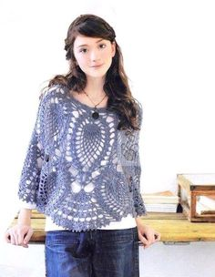 poncho bleuté... http://crochet-plaisir.over-blog.com/categorie-12315194.html#