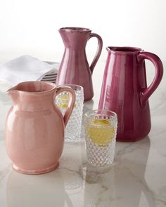 Against Pink, but these are the cutest pitchers....oh Primavera.