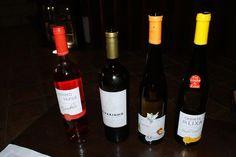 O tal vinho da Lixa. Na pequena cidade de Lixa, no Minho, esta vinícola cresceu, produzindo Vinhos Verdes secos e de ótima relação custo/benefício.