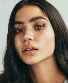 6 Tips to Make Your Eyes Brighter - Career Girl .- 6 Tipps, um Ihre Augen sofort heller zu machen – Career Girl Daily 6 tips to make your eyes brighter – Career Girl Daily - Beauty Make-up, Beauty Hacks, Hair Beauty, Natural Beauty, Beauty Tips, Beauty Care, Beauty Skin, Flawless Beauty, Beauty Products
