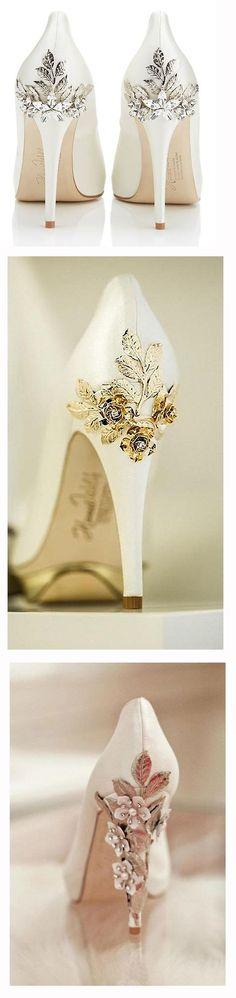Цветы, подвески, стразы: потрясающие варианты праздничного декора обуви - Ярмарка Мастеров - ручная работа, handmade
