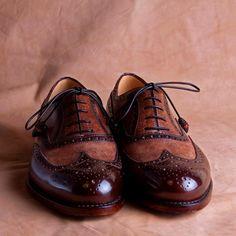 . Men's Boots, Shoe Boots, Spectator Shoes, Shoe Designs, Eccentric, Sock Shoes, Men Fashion, Loafers Men, Designer Shoes