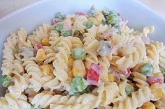 Bunter Nudelsalat grün-rot-gelb 1