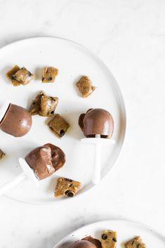 Mini Cookie Dough Fudge Pops — Oh She Glows