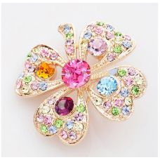 Add some colour to your attire with this beautiful Sunny Brooch. Regal and loaded with stunning bold detail, this Sunny Brooch is a must have to transform the most simple attire hanging in your wardrobe..