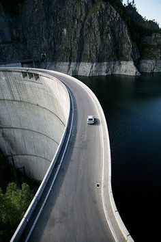 In Search of the World's Greatest Roads! Could the Transfagarasan in Romania be the ultimate driving road?! Dam!