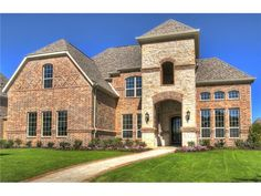 Homes for sale in Carillon Southlake, TX 76092 between $800,000 - $900,000