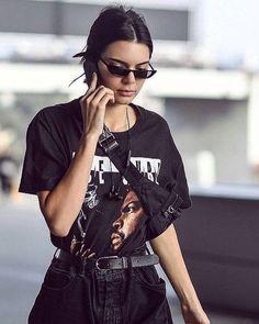 3a68f329da9b9 Gafas Retro similares a los que usa Kendall Jenner Negras Lentes Negros  Unisex Mini Goggles UV400