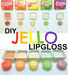 JELLO Lip Gloss DIY Jello Lip Gloss {could work & be an interesting little item to have I suppose.}DIY Jello Lip Gloss {could work & be an interesting little item to have I suppose. Homemade Lip Balm, Diy Lip Balm, Homemade Moisturizer, Homemade Beauty, Diy Spa, Lipgloss Diy, Diy Para A Casa, Belleza Diy, Diy Lip Gloss