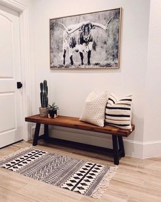 Western Style, Living Room Designs, Living Room Decor, Entryway Decor, Entryway Bench Modern, Entryway Furniture, Wood Furniture, Foyer, Style At Home