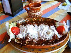 enchiladas de mole....