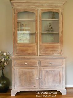 Paint Color Highlight – A Wash of Annie Sloan Old White – – french farmhouse decor White Washed Furniture, Pine Furniture, Farmhouse Furniture, Furniture Makeover, Furniture Refinishing, Dresser Makeovers, Refinished Furniture, Distressed Furniture, Painting Furniture