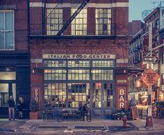 Franck Bohbot est un photographe d'origine française, vivant actuellement en New York. Il signe cette série de photo de nuit intitulé NY Light On.