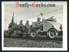 WWII Photo - Wehrmacht patrol with MG on railroad Draisine Durham Museum, Rail Car, Old Trains, Armored Fighting Vehicle, Military Pictures, Military Equipment, German Army, Panzer, Military Art