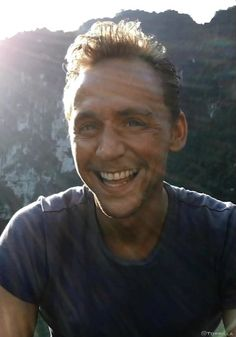 On the sunny side of life❤  Itunes:  Kong: Skull Island HD: https://itunes.apple.com/us/movie/kong-skull-island/id1209705645