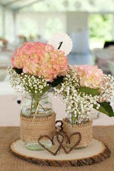 There's a mason jar. Obviously a winner. | 11 DIYs For A Dreamy Wedding
