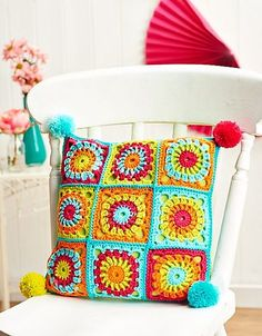 Ravelry: Fiesta cushion pattern by Susie Johns