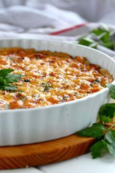 Yksi parhaista - Ranskalainen kinkku-juustopiiras - Suklaapossu Good Food, Yummy Food, Fun Food, Savory Pastry, Vegan Foods, Savory Foods, Healthy Baking, Food Inspiration, Macaroni And Cheese