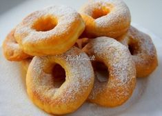 Yeast donuts - New best recipes for cooking Russian Desserts, Russian Recipes, Donut Recipes, Cooking Recipes, Yeast Donuts, Doughnuts, Sweet Pastries, Sweet Cakes, Cookie Desserts