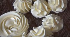 Frosting, Icing, Macarons, Cake Decorating, Biscuits, Goodies, Dessert Recipes, Food And Drink, Yummy Food