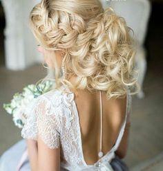 Co jest dla Was ważne we fryzurze do ślubu? #slubnaglowie #poprostupieknie @elstile #fryzuradoslubu #fryzuraslubna #weddinghair #pannamloda #bridetobe #weddinghairstyle #weddingtime #wedding #hairdecor #instalike #instalove #instaweddings #instaslub #bride #bridallook #hairdecor #przygotowaniadoslubu #bridalprep #omg #instabride #bridalhairdecor #bridalhairinspiration #slub