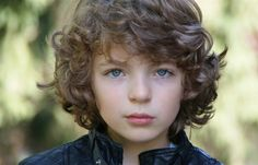 "According to ""Agences Artistiques"", young french actor Romann Berrux has been casted as wee Fergus!"