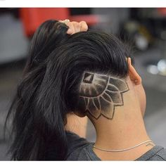 This mandala undercut looks incredible!