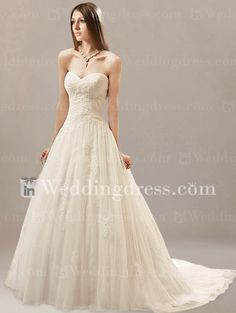 Unusual Strapless Wedding Gowns with Lace Appliques DE217