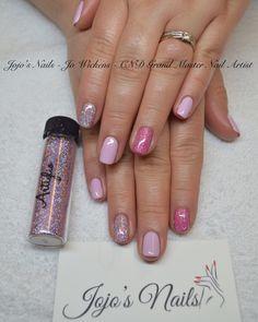 Artiglio 'Lola' glitter on top index finger and bottom ring finger - Available online in the UK from Jojo's Nail Store - www.jojosnailstore.co.uk