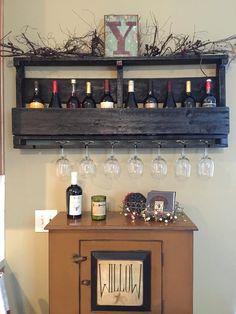 Pallet Wine Rack with Custom Lettering - Wine Glass Holder - Pallet Wine Bar - Wall Organizer for Wine Glasses and Bottles