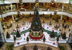 Shopping Center Christmas Decorations