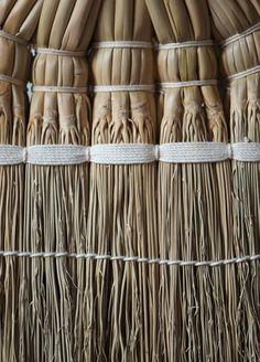 Kake Broom detail of a natural broomcorn weave - It's all in the details - Nalata Nalata
