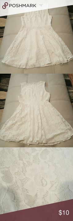 Junior's Lace Dress w/Lining And elegant addition to any closet, just in time for the summer season. Pair with some cute flats or wedges and off you go! 58% Cotton, 42% Nylon Forever 21 Dresses