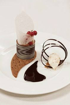 modern plated French pastries   Go Back > Gallery For > Chocolate Mousse Plated Dessert