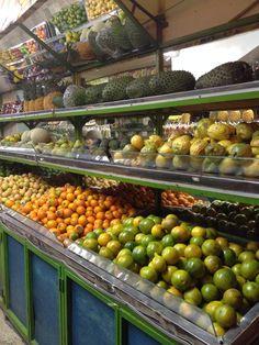Frutas frescas en Carmen de Viboral - Antioquia, Colombia