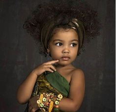 Omg 💜😩😭 Tag someone with baby fever 👇🏽👇🏽👇🏽 Cute Mixed Babies, Cute Black Babies, Beautiful Black Babies, Cute Little Baby, Cute Baby Girl, Beautiful Children, Cute Babies, Brown Babies, Pretty Kids