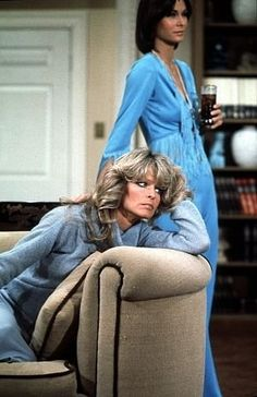 """""""Charlie's Angels"""" Farrah Fawcett, Kate Jackson 1976 ABC"""
