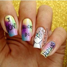 Pin for Later: Fans de Licornes, Vous Allez Adorer Cette Nouvelle Tendance Nail Art Unicorn Nails, Cool Nail Art, Nails On Fleek, Swag Nails, Cute Nails, Nail Designs, Nailart, Fancy, Manicure Ideas