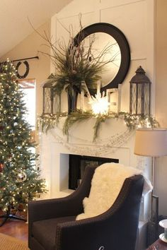 Gorgeous Christmas Fireplace Decor and Design Ideas Decor, Fireplace Mantels, Christmas Mantle Decor, Christmas Home, Christmas Fireplace, Holiday Decor, Home Decor, Christmas Fireplace Decor, Fireplace