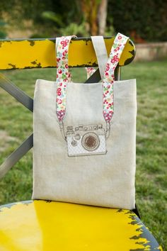 Stylish DIY Camera Embroidery Tote | Shelterness