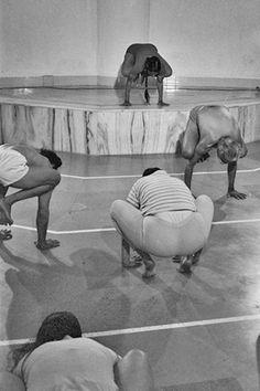 BKS Iyengar teaching yoga in India (vintage yoga photo) ...... #vintagephoto #yogaeveryday #yoga #iyengar #yogapractice #yogalifestyle #yogainspiration #yogaguru #yogafounder #yogastar