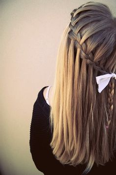 Cute for long hairstyles!