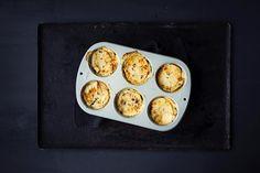 Reinsdyrfilet og fløtegratinerte potetkaker | Coop Mega Fish And Meat, Pesto, Eggs, Dinner, Breakfast, Food, Dining, Morning Coffee, Food Dinners