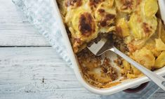 Moussaka, potato-based dish popular in Balkan and Mediterranean cuisines Lebanese Recipes, Greek Recipes, Mousaka Recipe, Greek Dinners, Musaka, Ground Meat Recipes, Lamb Stew, Veggie Dishes, Mediterranean Recipes