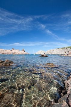 Wonder in the waves : Menorca, Spain