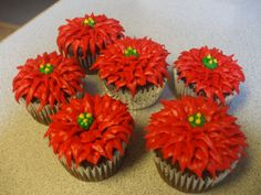poinsettia cakes | started at the edges, going around the cupcake, then worked my way ...