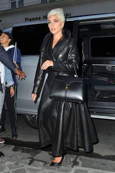 Lady Gaga Fashion, Women's Fashion, Lady Gaga Images, Trent Coat, Lady Gaga Joanne, Leather Coats, Leather Jacket Outfits, Queen, Leather Fashion
