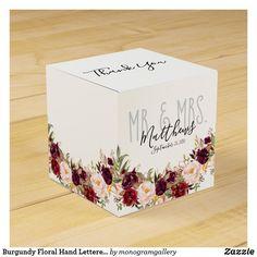 Inexpensive Wedding Favors, Best Wedding Favors, Rustic Wedding Favors, Wedding Favor Boxes, Personalized Wedding Favors, Card Box Wedding, Wedding Pins, Monogram Wedding, Wedding Thank You